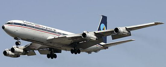 O último 707 usado para voos de passageiros no mundo, da Saha Air, do Irã