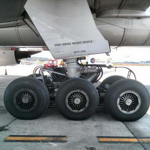 Boeing 777 Big Foot