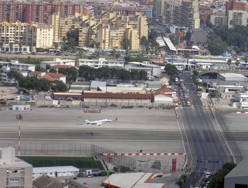 gibraltar-airport-5[2]