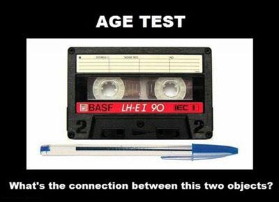 Conexão entre Bic e uma fita cassette.